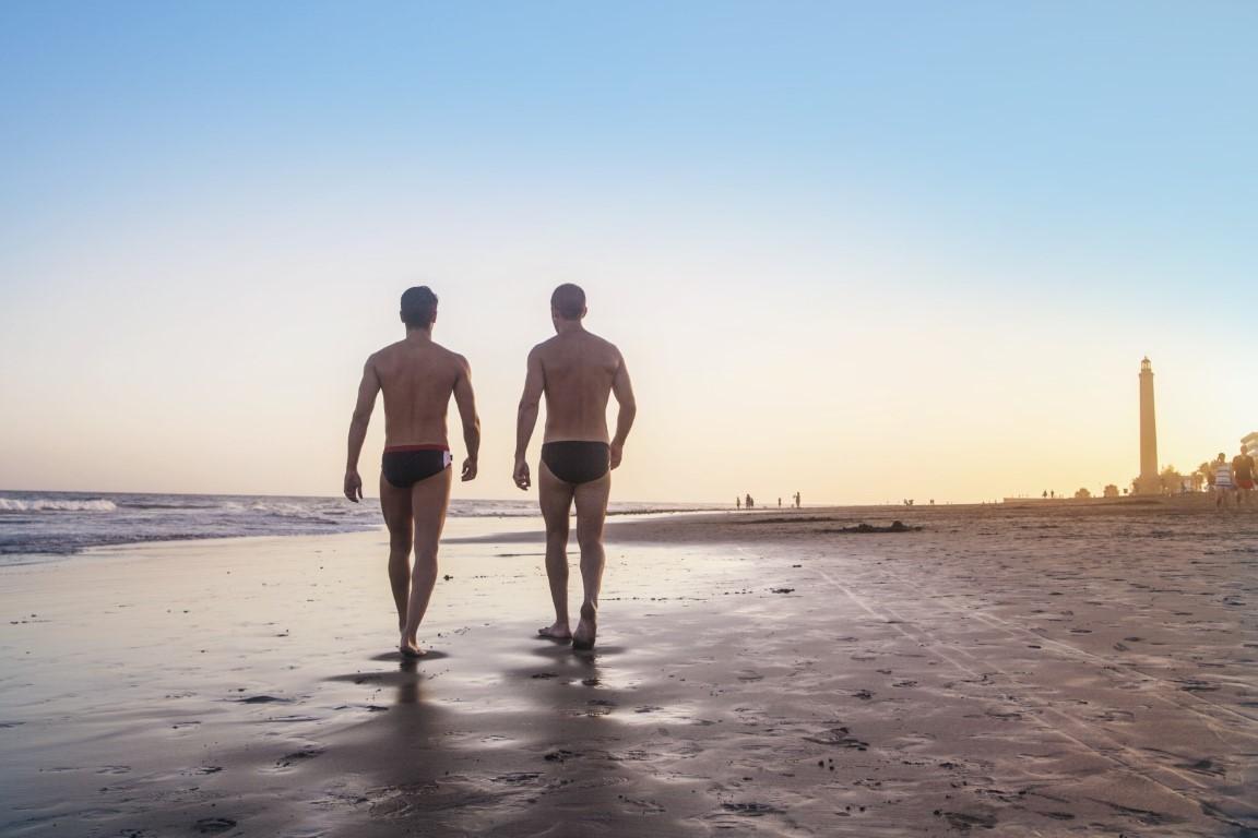 Gay Resort Hotel Club torso Gran Canaria strand mannen zonsondergang