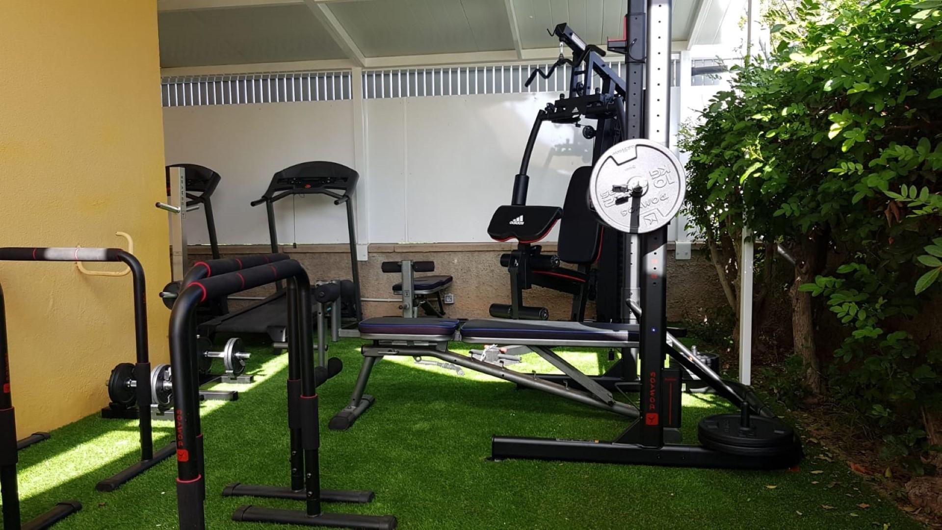 Gay Resort Hotel Club torso Gran Canaria gym