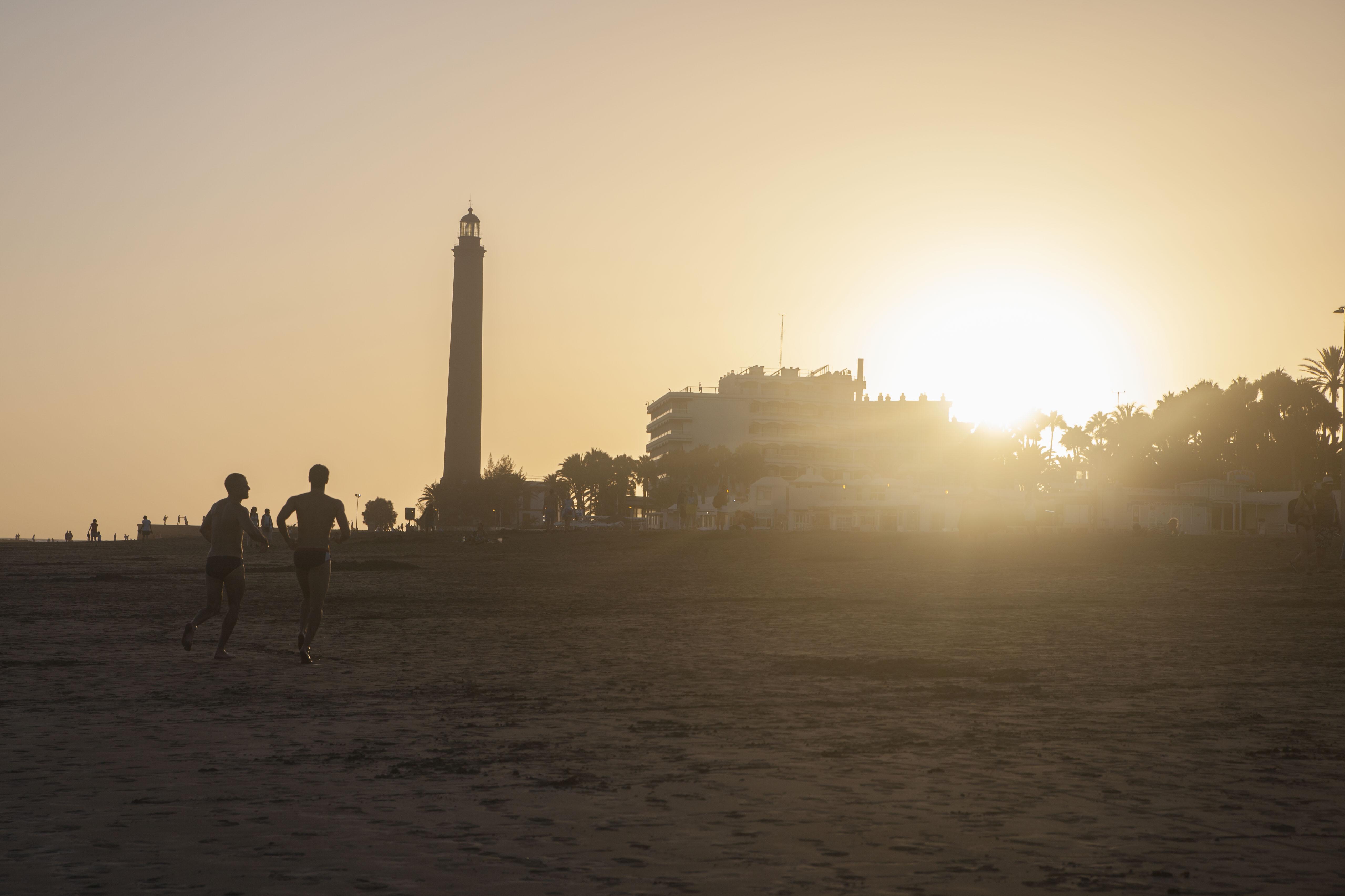 Gay Resort Hotel Club torso Gran Canaria strand zonsondergang