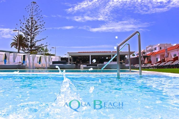 hotels gays playa del ingles maspalomas Aqua Beach Bungalows zwembad spetter