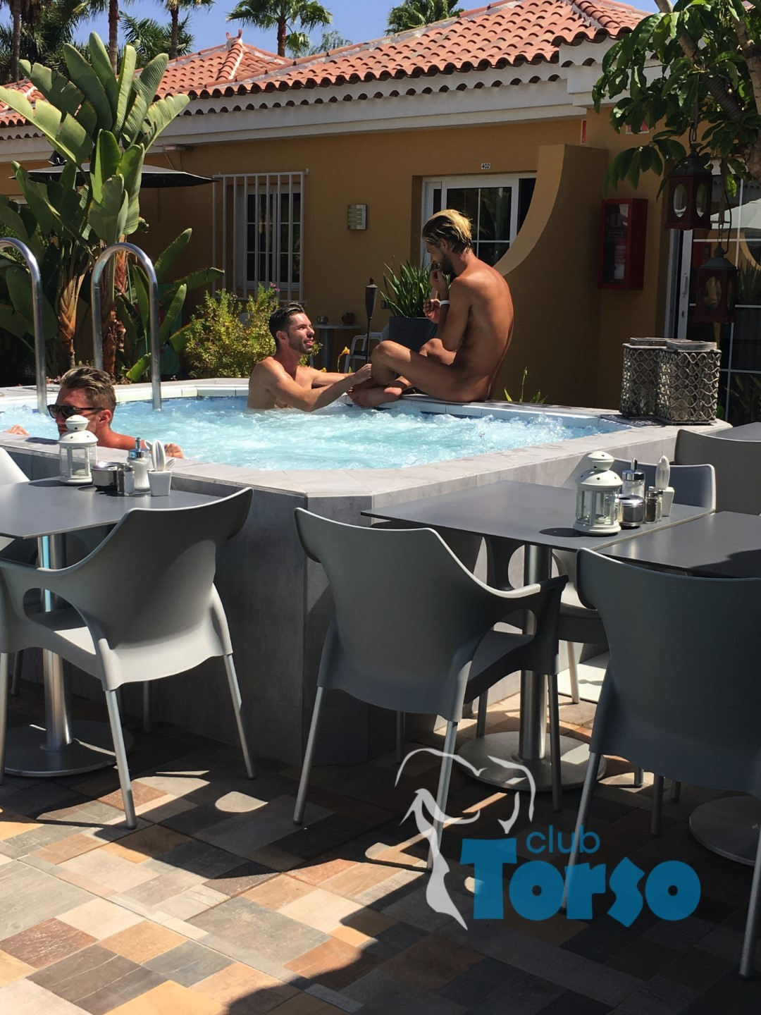 Gay Resort Hotel Club torso Gran Canaria jacuzzi