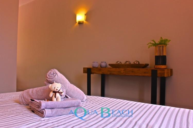 Aqua Beach Bungalows Gran Canaria Luxury bed met goodie