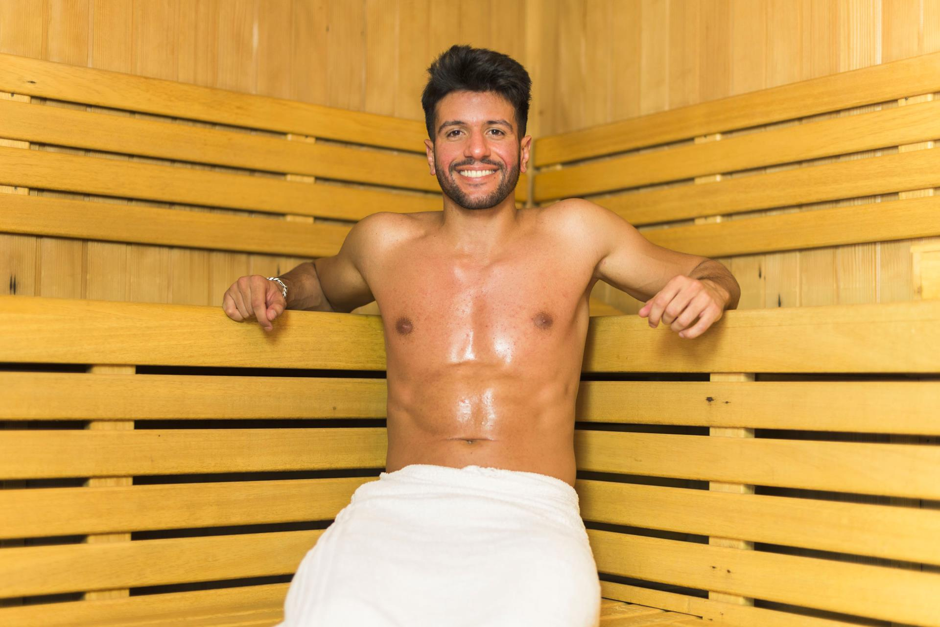Gay Resort Hotel Club torso Gran Canaria sauna binnen