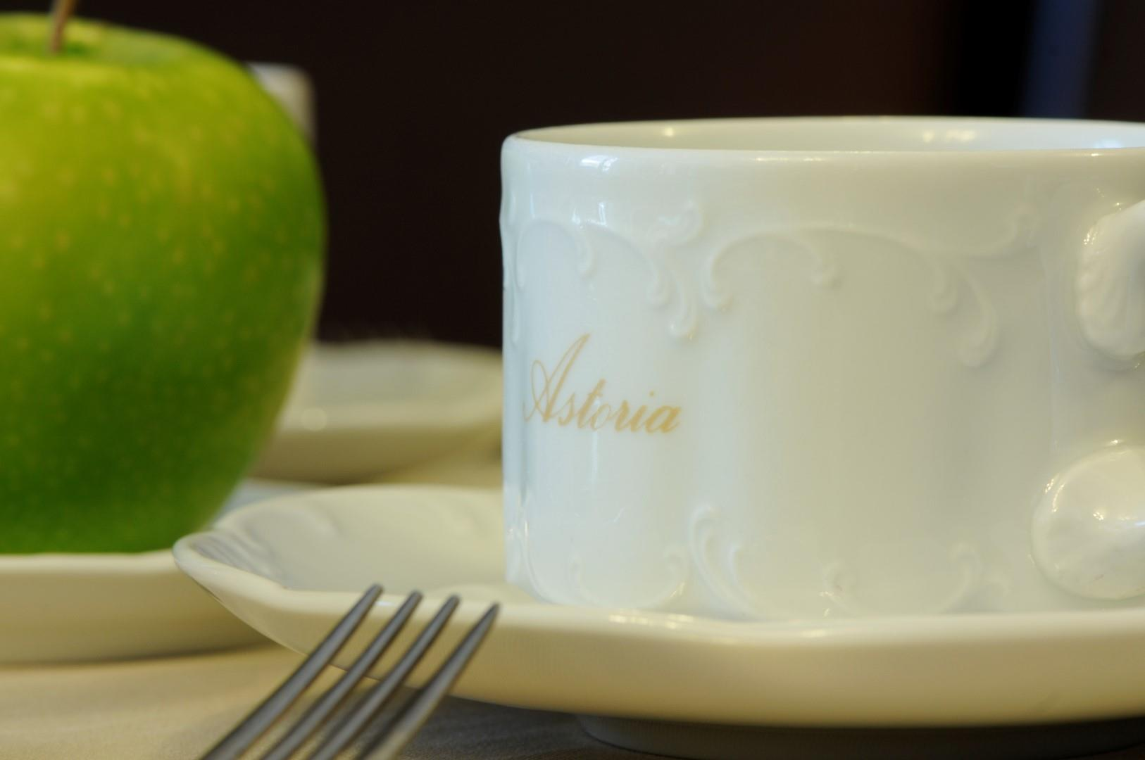 breakfast-detail-2-large.JPG