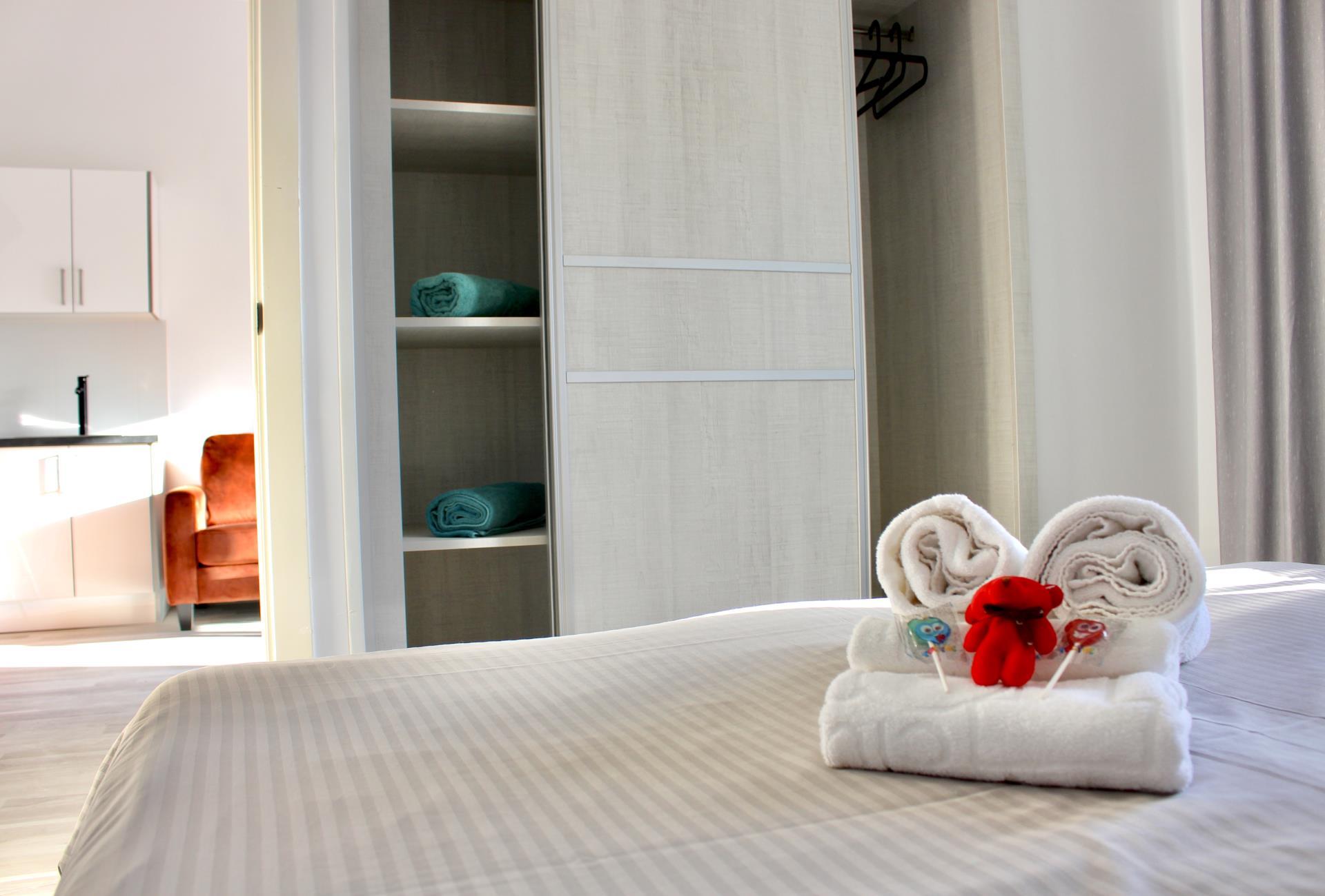 Slaapkamer Suite kast Naturisten Hotel Artika Natura
