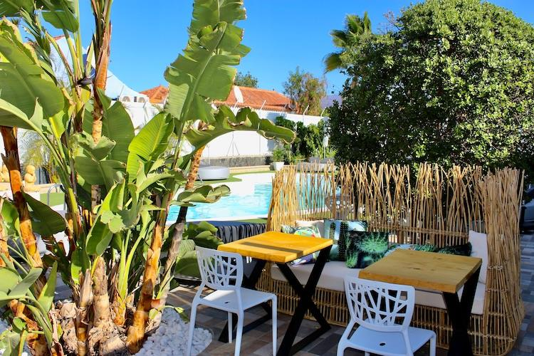 Naturisten Hotel Artika Natura Gran Canaria zitplek bij zwembad