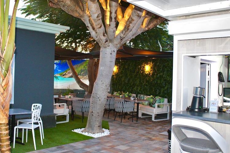 Naturisten Hotel Artika Natura Zitplek bar