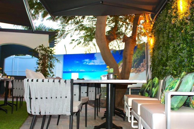 Naturisten Hotel Artika Natura lounche zitplek